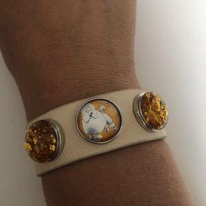 Jewelry - Cream leather 3 snap bracelet with snaps
